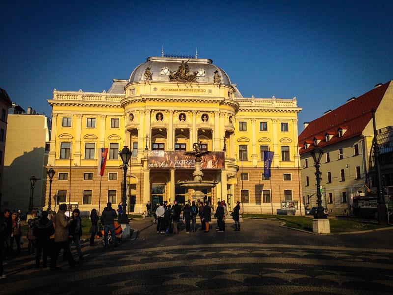 Cosa vedere a Bratislava – Teatro Nazionale Slovacco