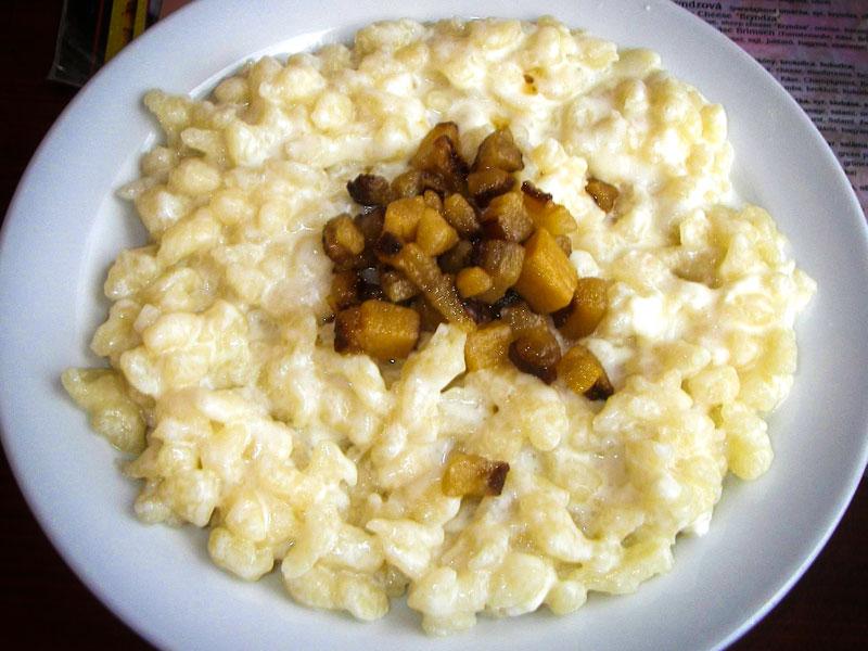 Cosa mangiare a Bratislava – Bryndzove halusky