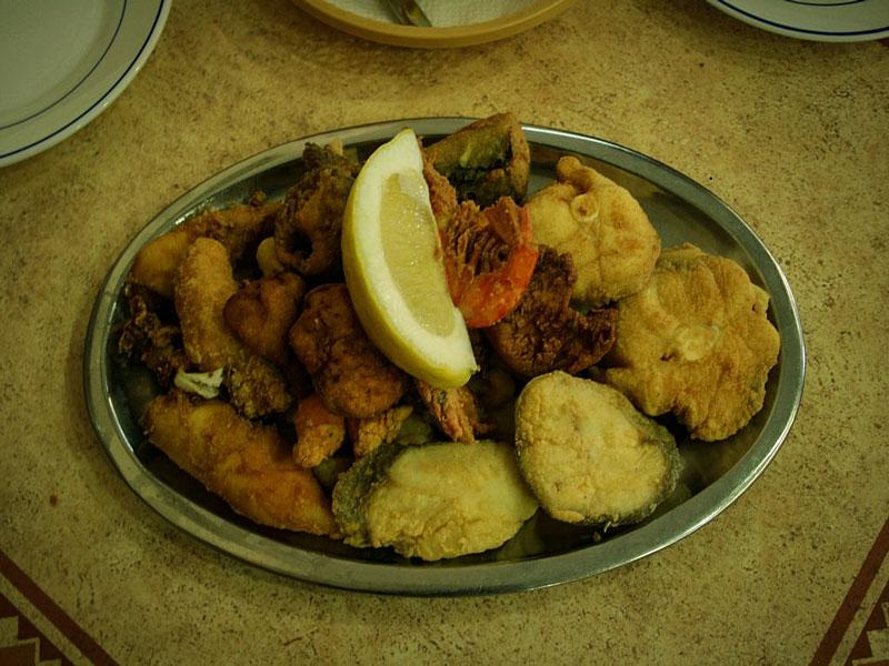 Cosa mangiare a Cadice – Pescaíto frito