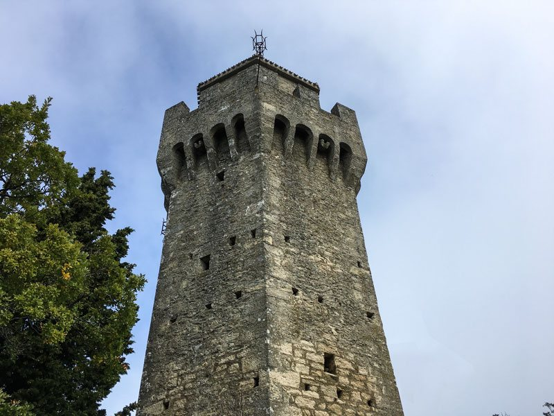 Copertina Il Montale, la terza torre