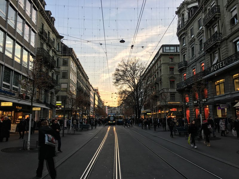 Copertina Bahnhofstrasse
