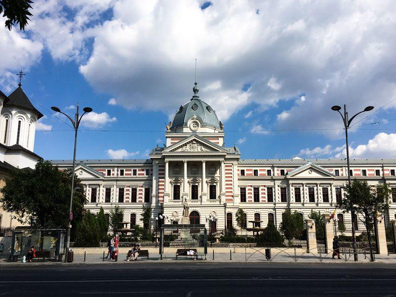 Cosa vedere a bucarest in 3 giorni wanderlust italia for Bucarest cosa visitare