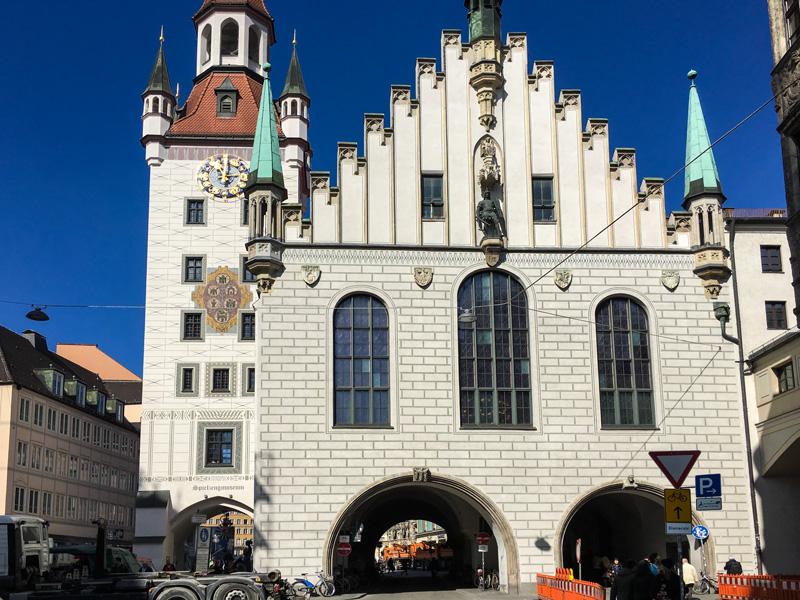 Monaco di Baviera – L'Altes Rathaus, il Vecchio Municipio ed il Museo dei Giocattoli