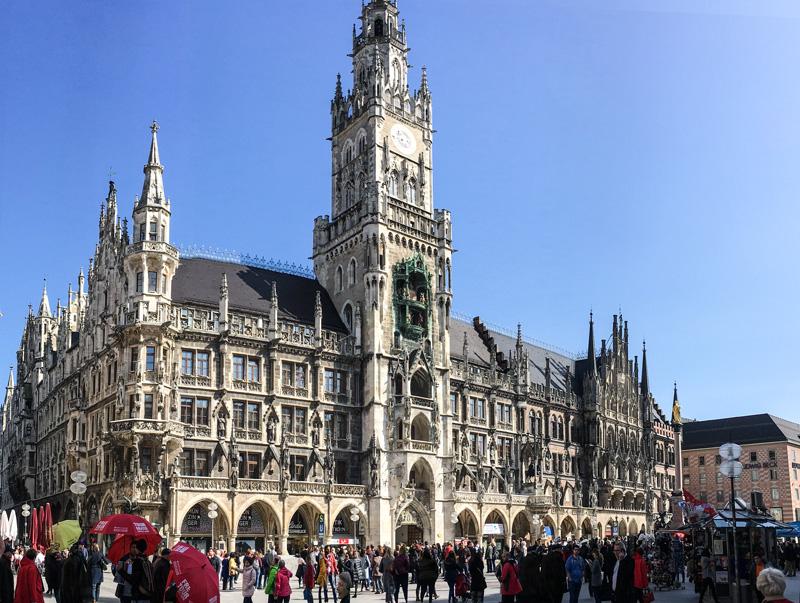 Monaco di Baviera – ll Neues Rathaus ed il suo Carillon (Rathaus-Glockenspiel)