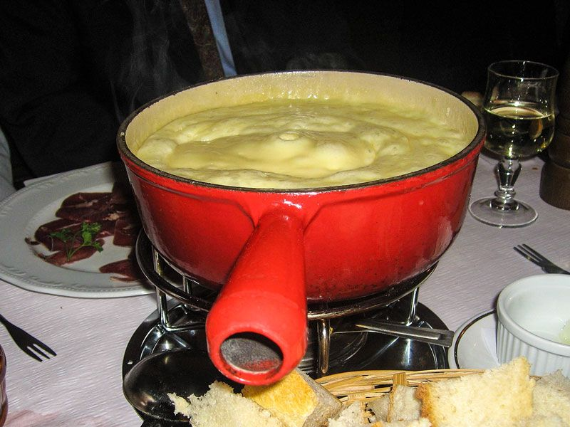 Cosa mangiare a Losanna: Fondue moitié-moitié
