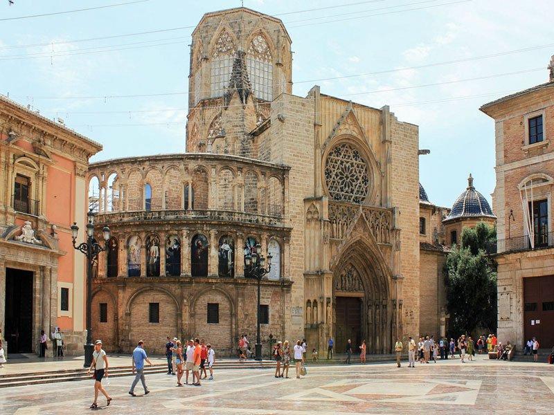Valencia: la sua cattedrale e la leggenda del Sacro Graal
