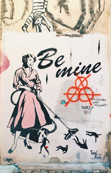 Street-Art-Valencia---la-nena-wapa