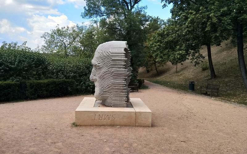 Statua-Testa-di-Jan-Skácel