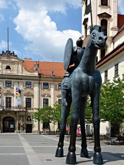 Statue-Brno-Jobs-di-Moravia