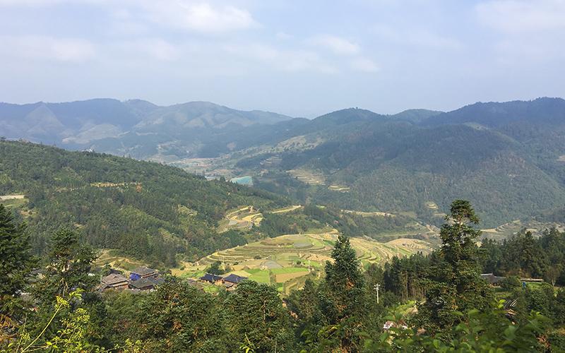 Basha-Miao-Village-la-vista-dal-monte