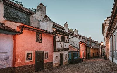 Praga-cosa-vedere-Copertina-Vicolo-doro