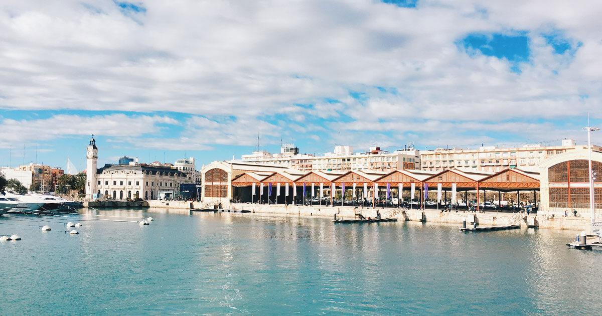 Copertina-Giro-Catamarano-Porto-Valencia