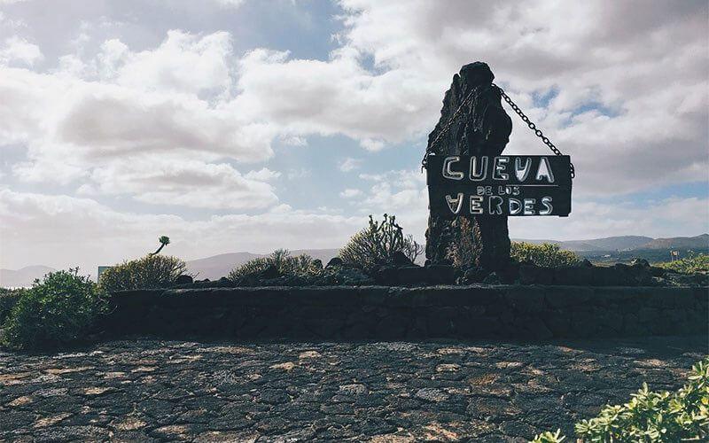 Lanzarote-Cueva_de_los_verdes