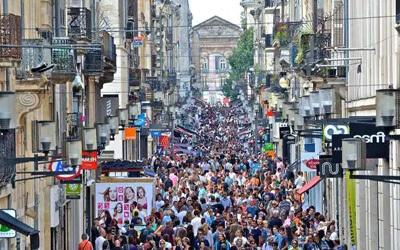 Visitare-Bordeaux-Rue-Sainte-Catherine