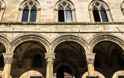 Cosa-vedere-a-Dubrovnik-Palazzo-del-Rettore