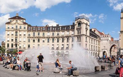 Monaco-di-Baviera-Karlsplatz