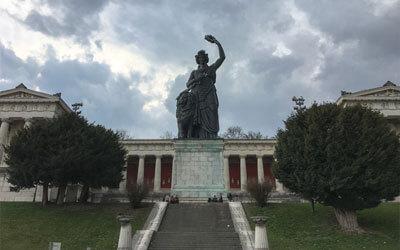 Monaco-di-Baviera---Statua-Bavaria