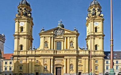 Monavo-di-Baviera---Chiesa-di-San-Gaetano