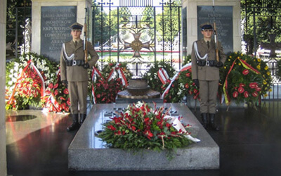 Cosa-vedere-a-Varsavia-in-3-giorni----Grób-Nieznanego-Żołnierza-tomba-milite-ignoto