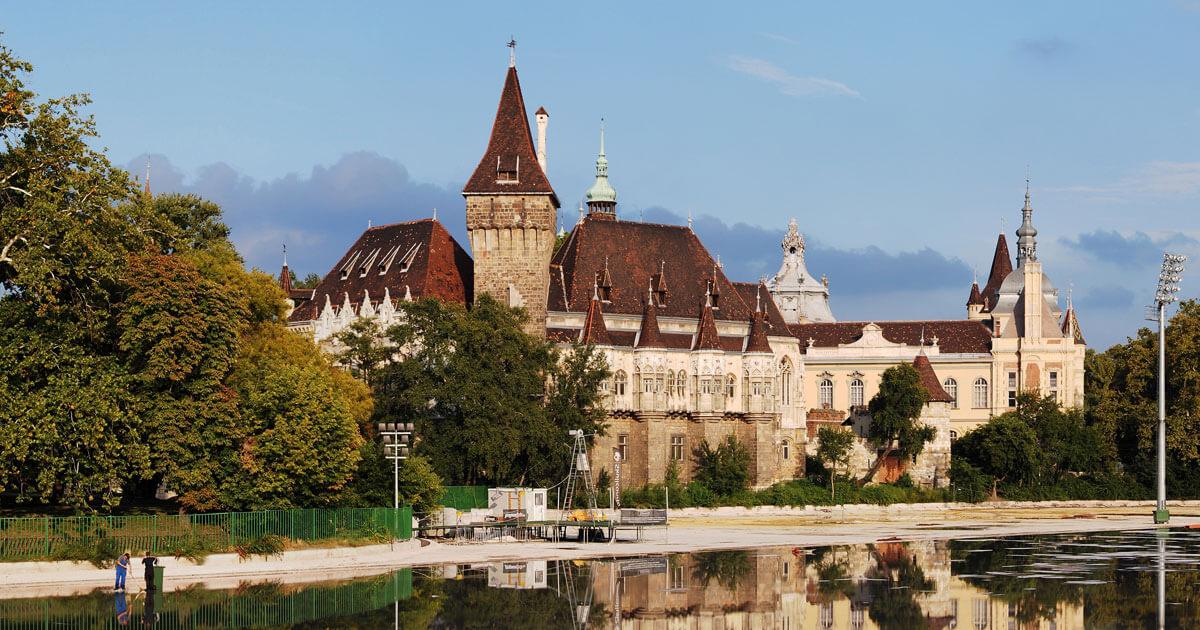 Copertina-Castello-di-Vajdahunyad-Budapest
