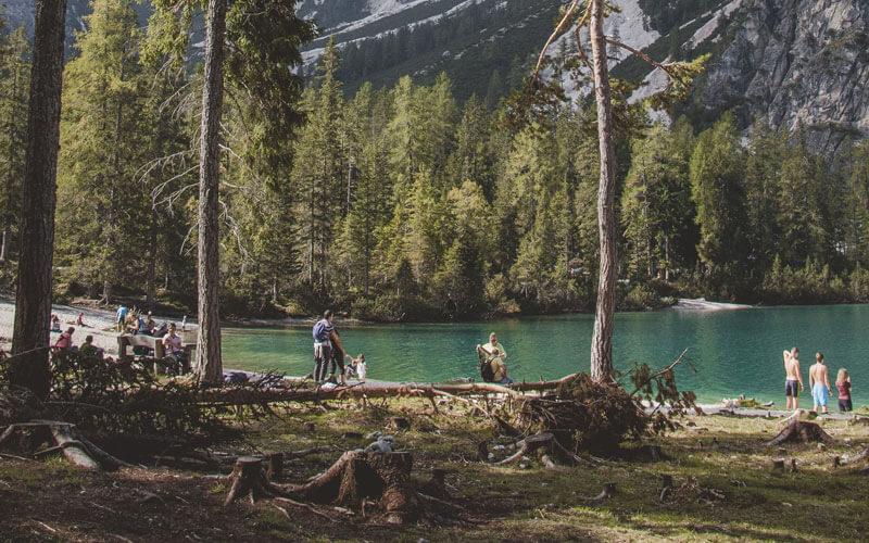 Lago-di-Braies---Passeggiata