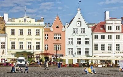 Town-Hall-Square-Tallinn