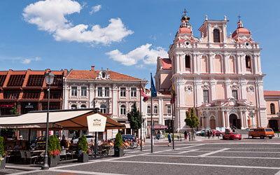 VIlnius-Piazza-del-Municipio