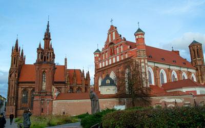 Vilnius-Chiesa-di-Sant'Anna
