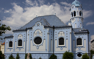 Visitare-Bratislava---Chiesa-Blu