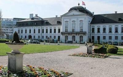 Visitare-Bratislava---Palazzo-Grassalkovich