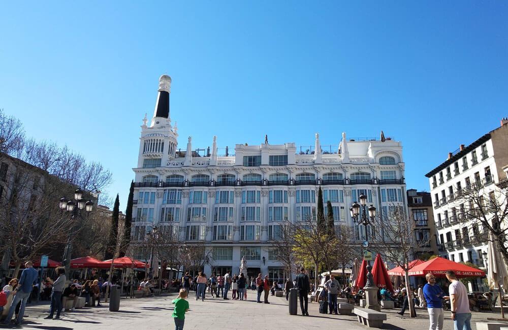 Plaza-de-sant-ana