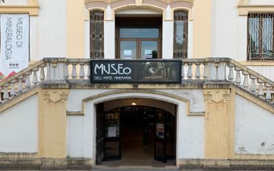 Iglesias-Museo-Arte-Mineraria