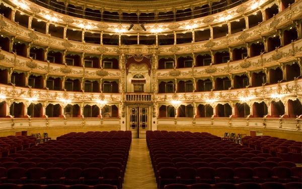 Brescia-Teatro-Grande