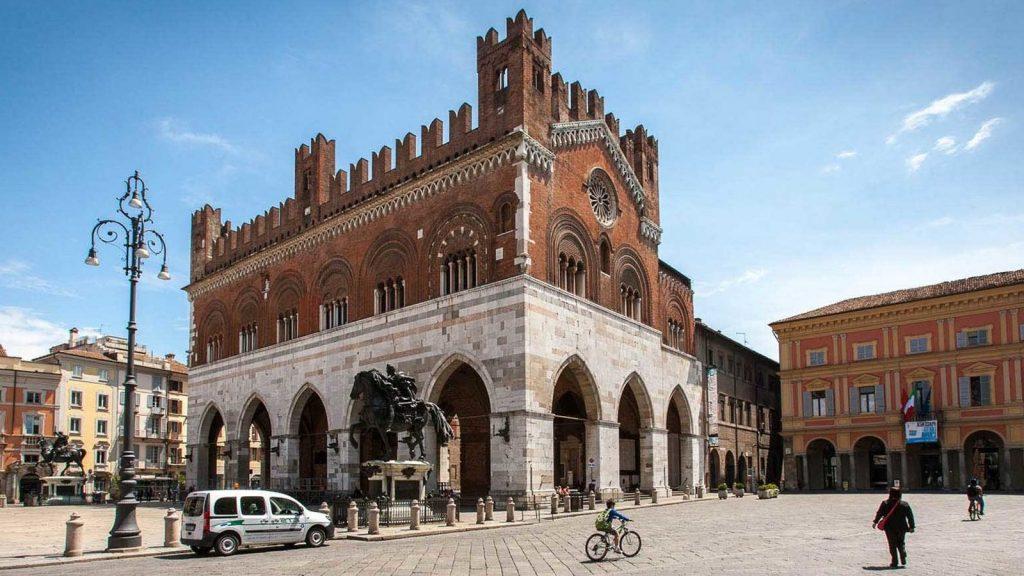 Background-Piacenza-Cosa-Vedere