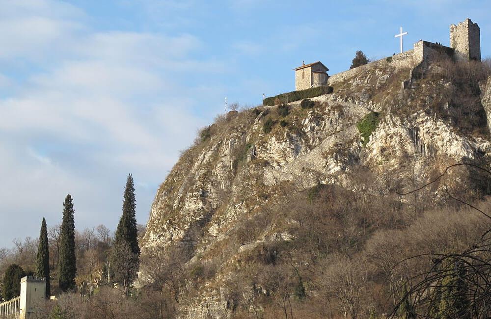 Castello-Innominato
