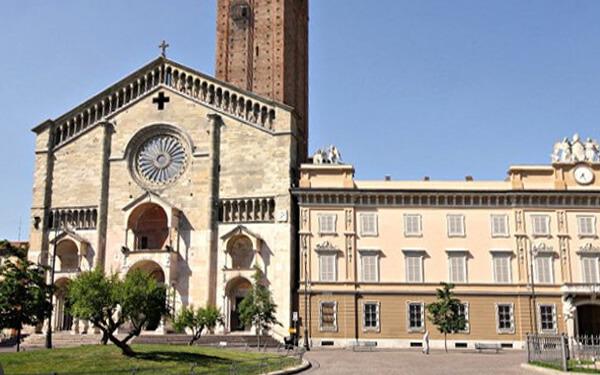 Duomo-di-Piacenza