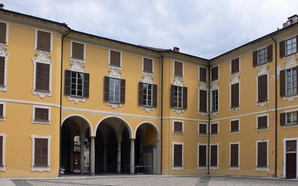 Lecco-Palazzo-Belgiojoso (1)