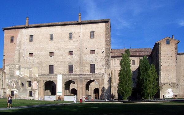 Parma-Palazzo-Pilotta