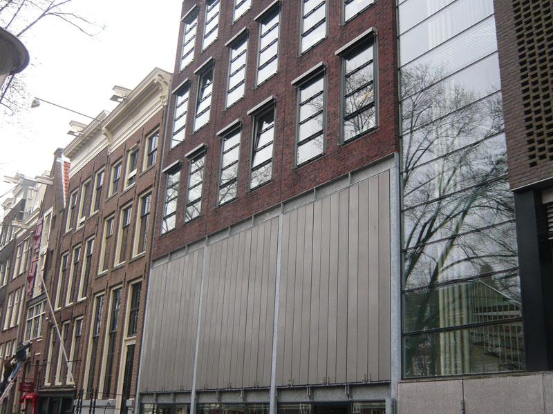 Copertina Anna Frank Museum