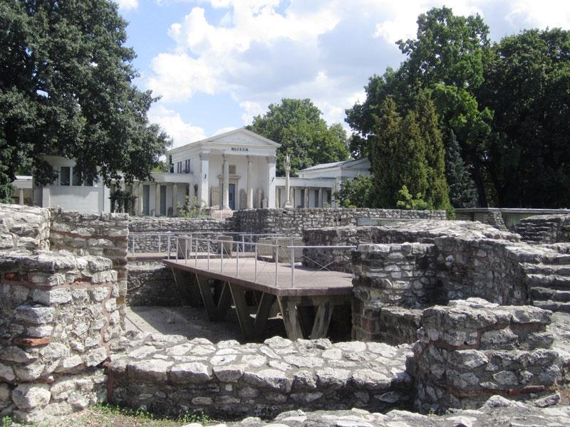 Copertina Aquincum