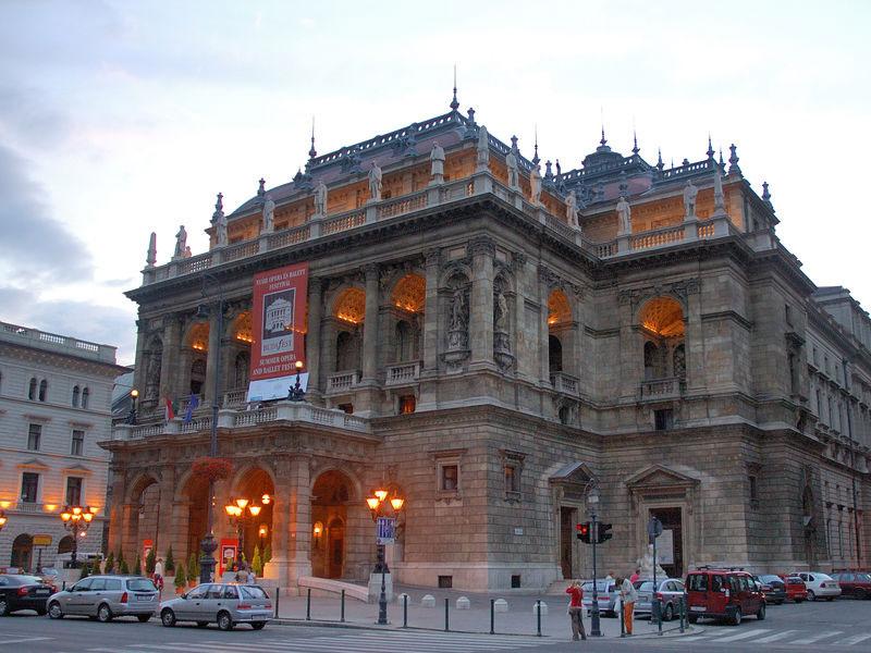 Copertina Opera