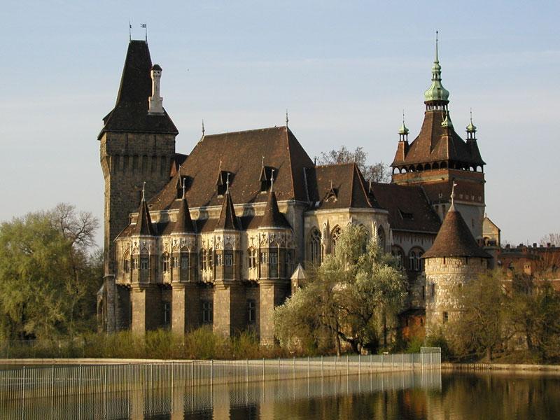 Copertina Vajdahunyad Castle