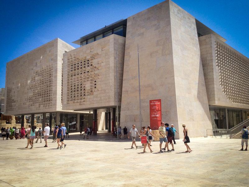 Copertina Parlamento di Malta