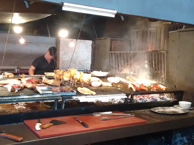 Cosa Mangiare a Montevideo - Asado Argentino